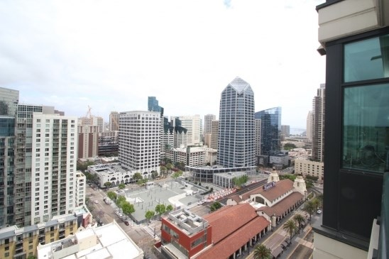 1205 Pacific Highway #2504, San Diego condos for sale